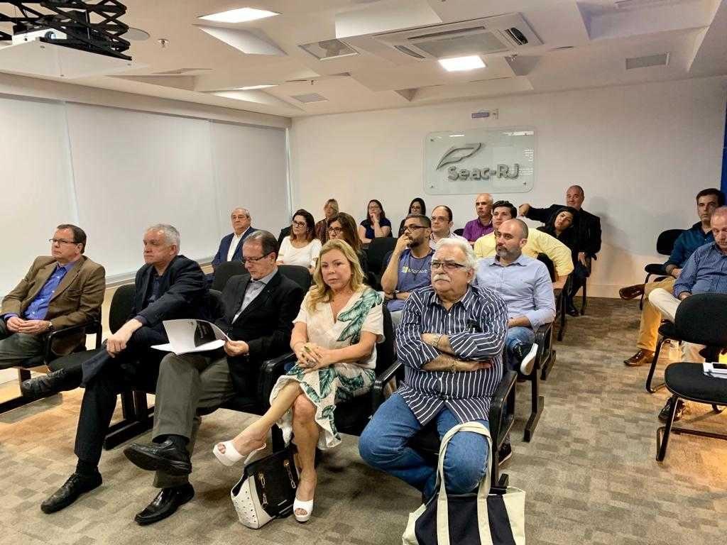 Associados e filiados em situação regular com o sindicato participaram do evento sobre Trabalho na Área de Compliance