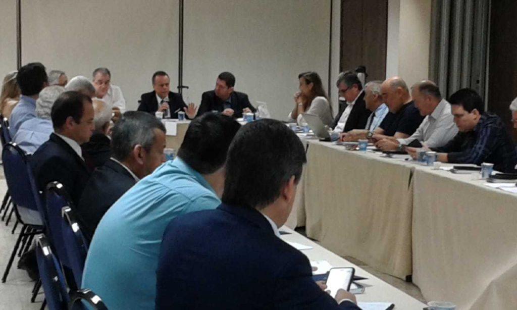 O presidente da Febrac, Renato Fortuna Campos, destacou a preocupação do setor com a carga tributária
